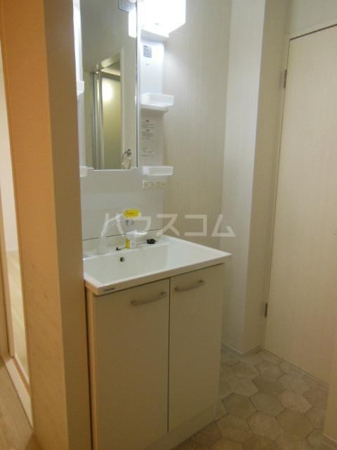 サントピア天道B 103号室の洗面所