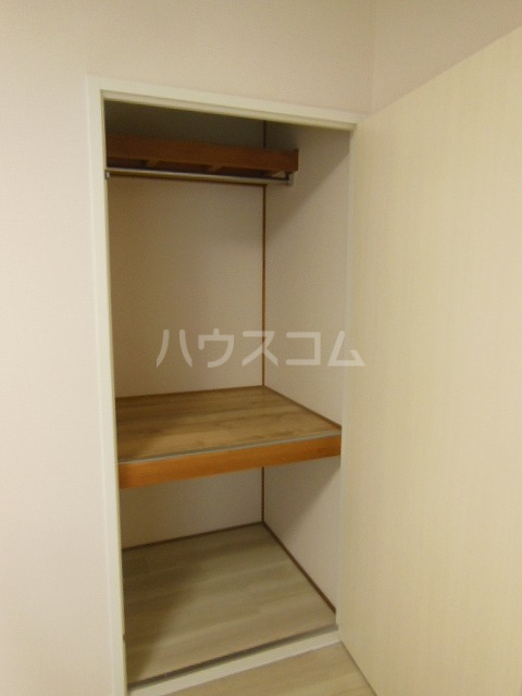 サントピア天道B 103号室の収納