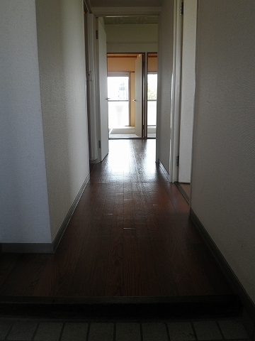 グリーンヒルNo.1 101号室の玄関