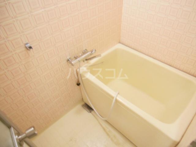 サンシャインひら 403号室の風呂