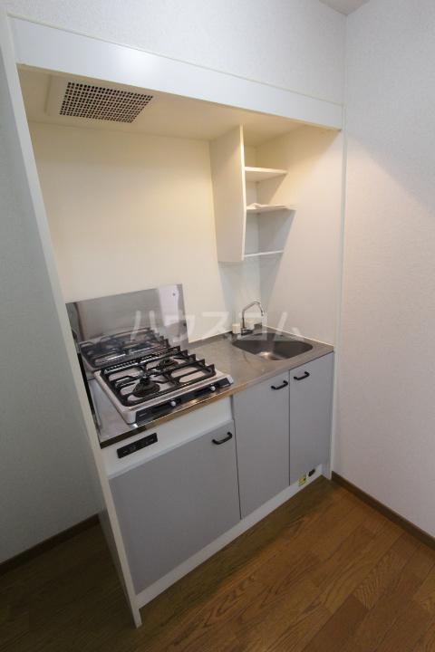 アンプルール フェール 加藤 202号室のキッチン