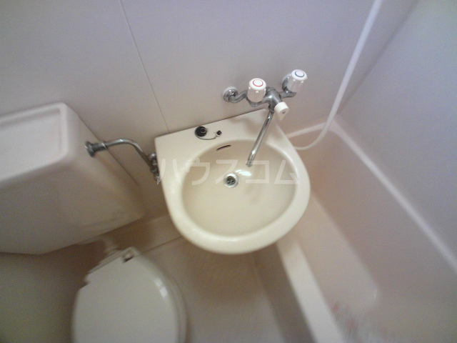 マンション杉坂 107号室の洗面所