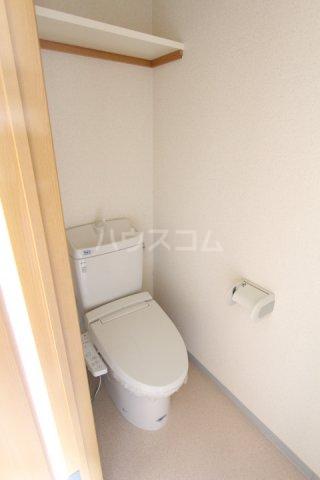 グローリ栄町 207号室のトイレ