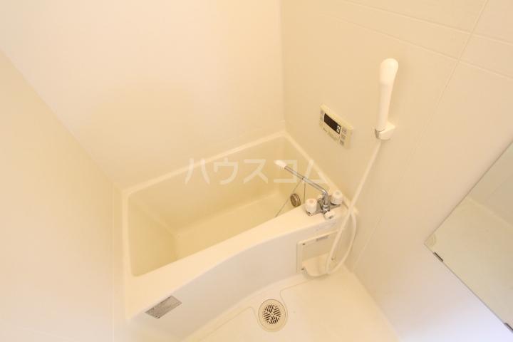 龍やまだ 101号室の風呂