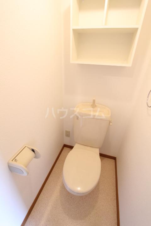 龍やまだ 101号室のトイレ