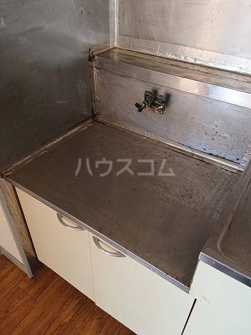 第二ハイツ昌 303号室のキッチン