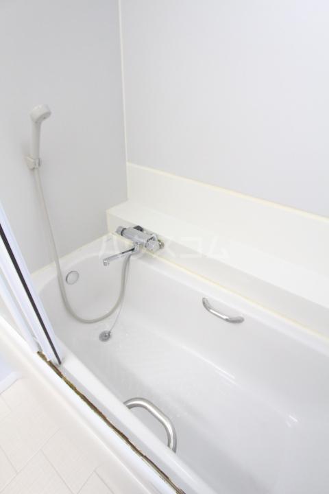 ヤング宮上 108号室の風呂