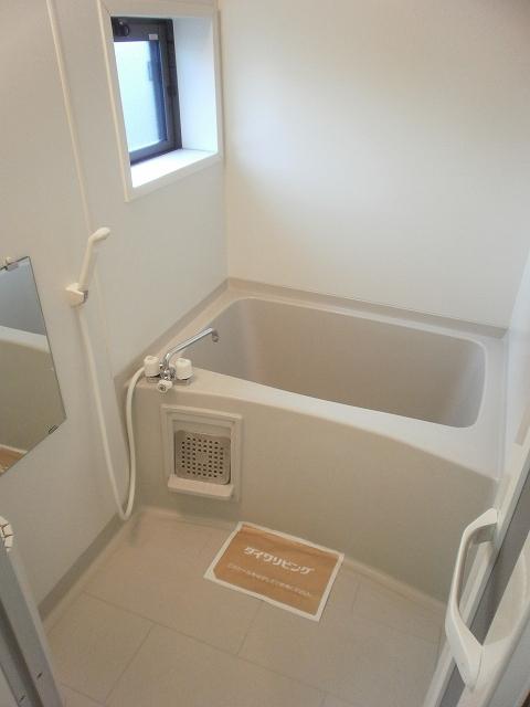 コンフォート宮町 201号室の風呂