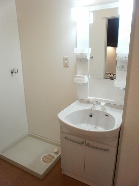 コンフォート宮町 201号室の洗面所