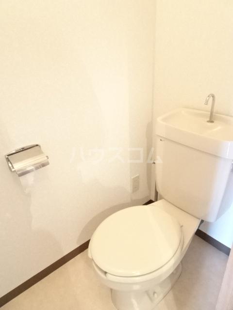 ベルメゾン錦 3I号室のトイレ