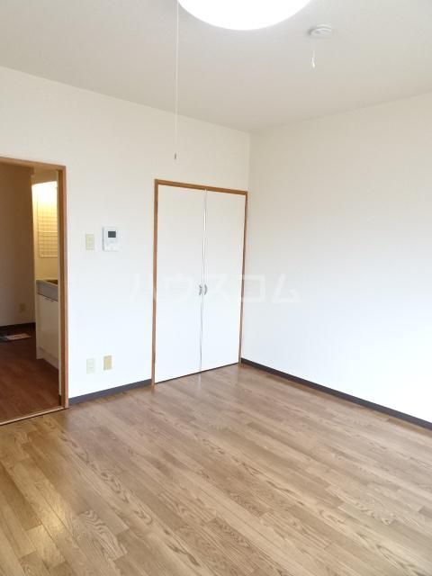 ベルメゾン錦 3I号室のリビング