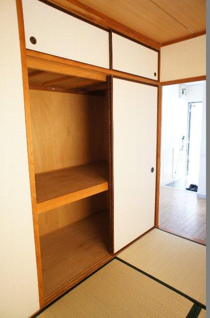 シティハイツ20 202号室の収納