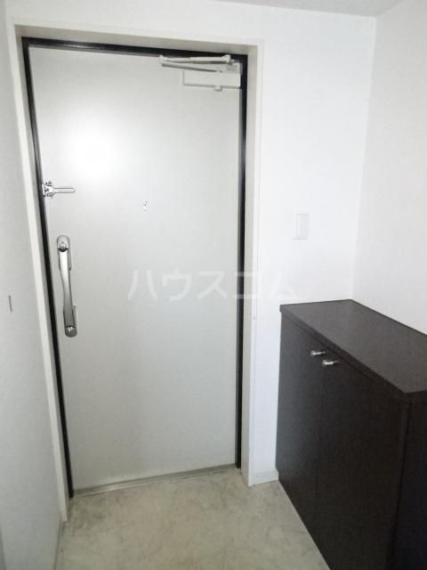 アクアスフィア 202号室の玄関