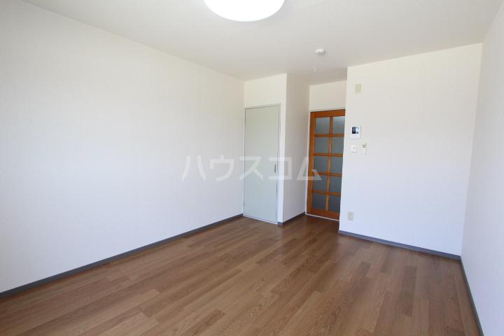 グリーンスポット95 210号室の居室