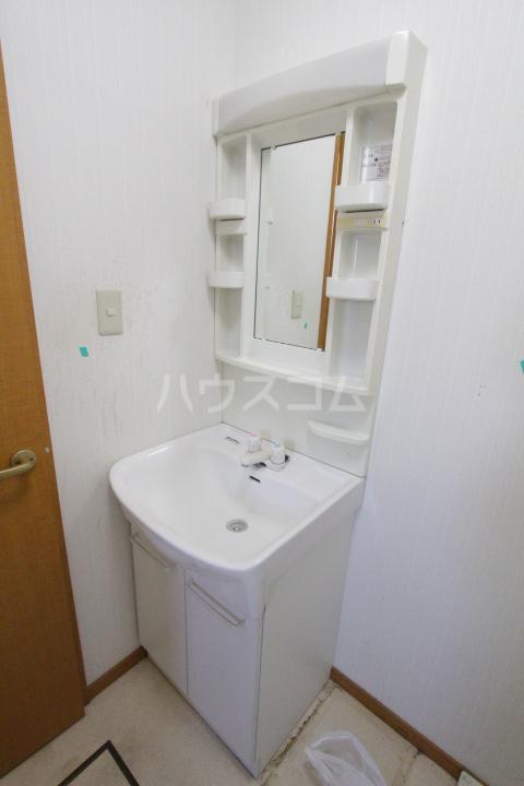 スマイルM&E 東館の洗面所