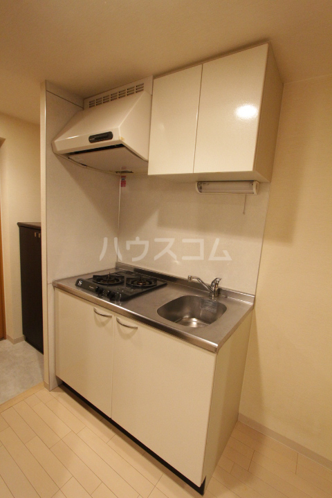 アーバンポイント豊田 502号室のキッチン