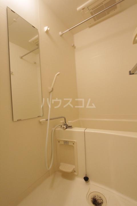アーバンポイント豊田 504号室の風呂