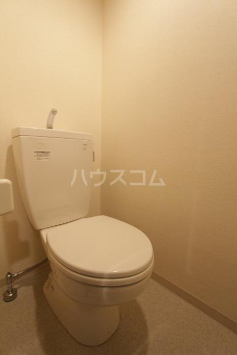 アーバンポイント豊田 504号室のトイレ