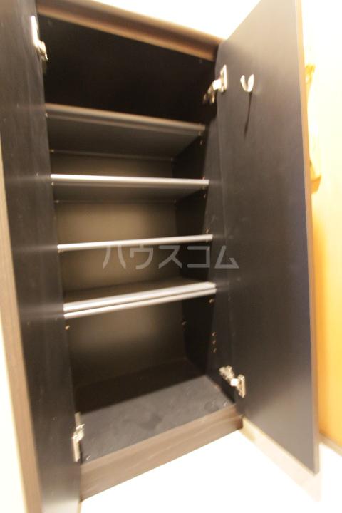 アーバンポイント豊田 505号室の収納