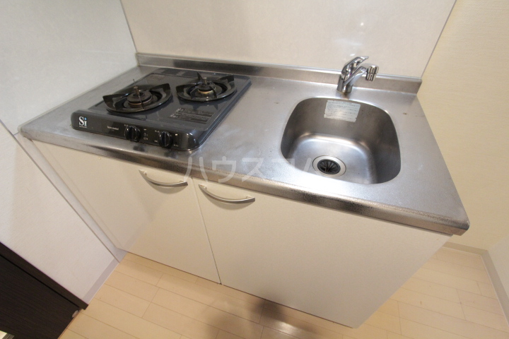 アーバンポイント豊田 505号室のキッチン