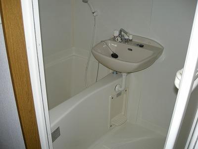 シェルウィン 105号室の風呂