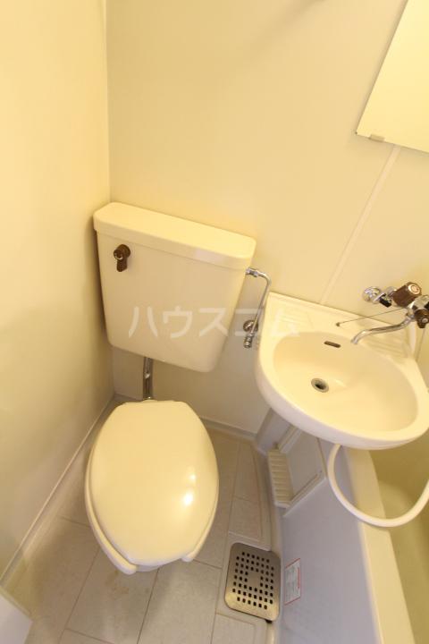 FESTA80 210号室のトイレ