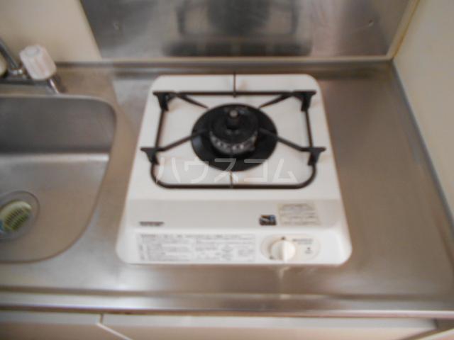 レジデンス元城 407号室のキッチン