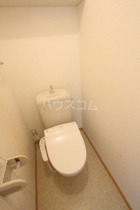 ボヌールハウス 103号室のトイレ