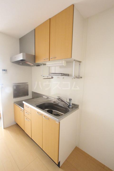 ボヌールハウス 103号室のキッチン
