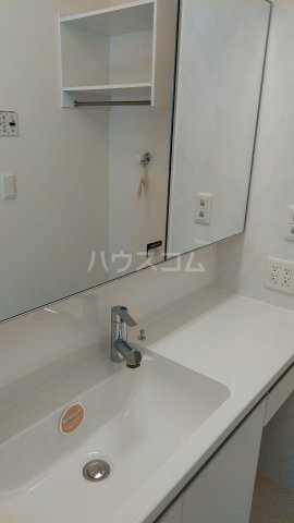 ZILLION A棟 103号室の洗面所