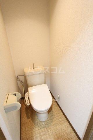 ラルーチェ若宮 403号室のトイレ
