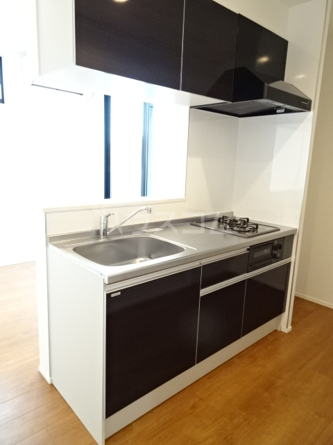 プルミエール山之手 201号室のキッチン