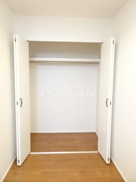 プルミエール山之手 201号室の収納
