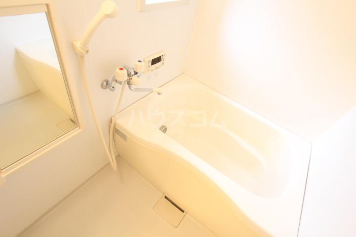 ソフィアK 101号室の風呂