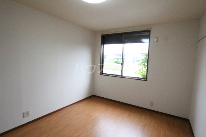 ソフィアK 101号室の居室