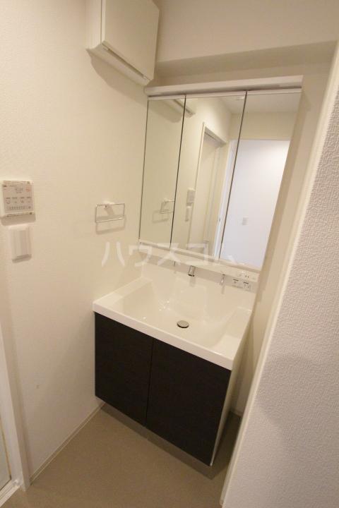 RESIDENCIA TOYOTA SAKURAMACHI 601号室の洗面所
