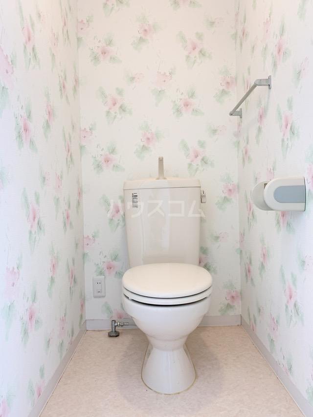 マカリイ 401号室のトイレ