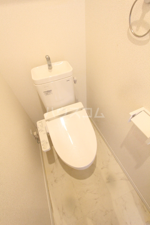 WISH A号室のトイレ