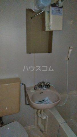 第一高木コーポ 202号室の洗面所