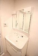 ミュール ソレアード 701号室の洗面所