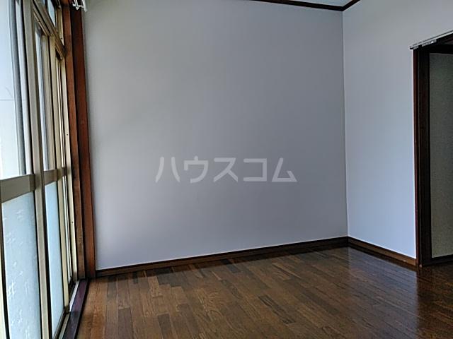 和気マンション 105号室のベッドルーム