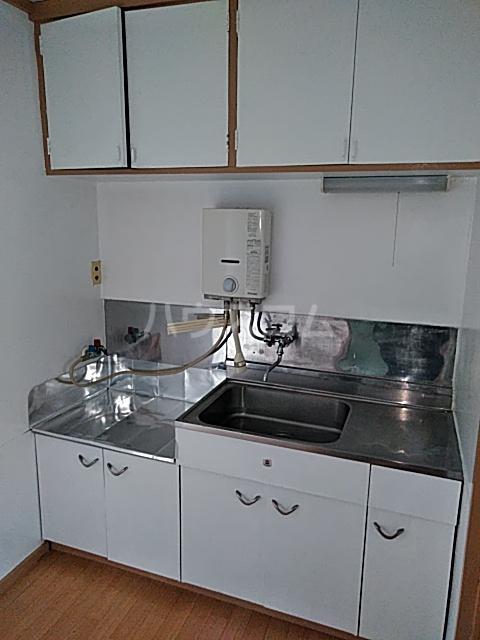 清水ハウス 12号室のキッチン