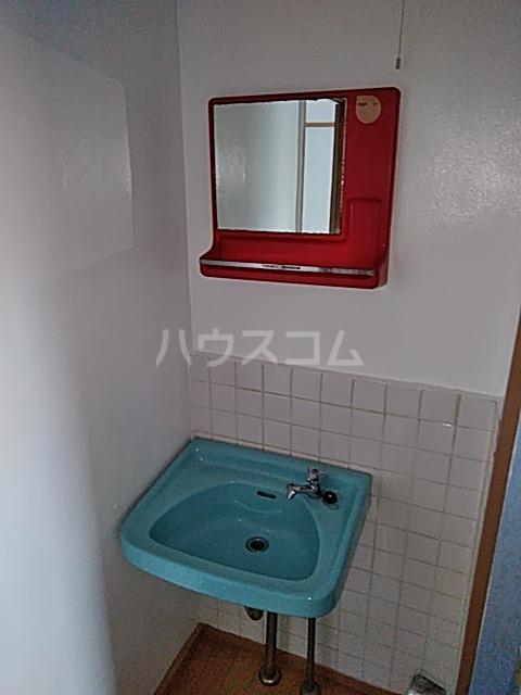 清水ハウス 12号室の洗面所