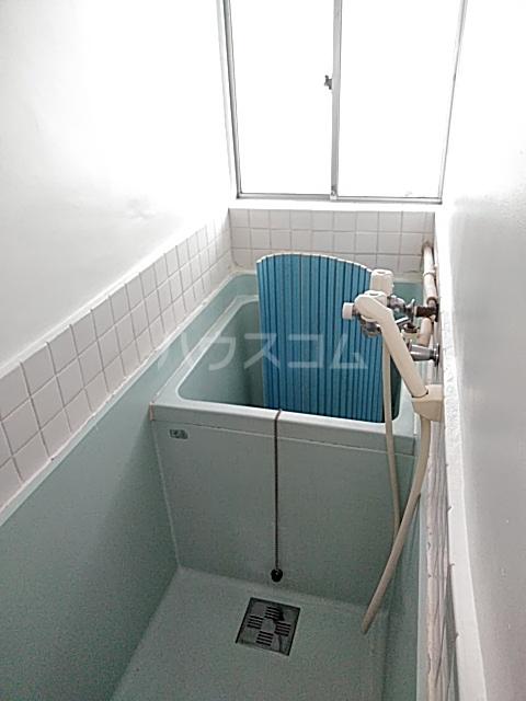 清水ハウス 12号室の風呂