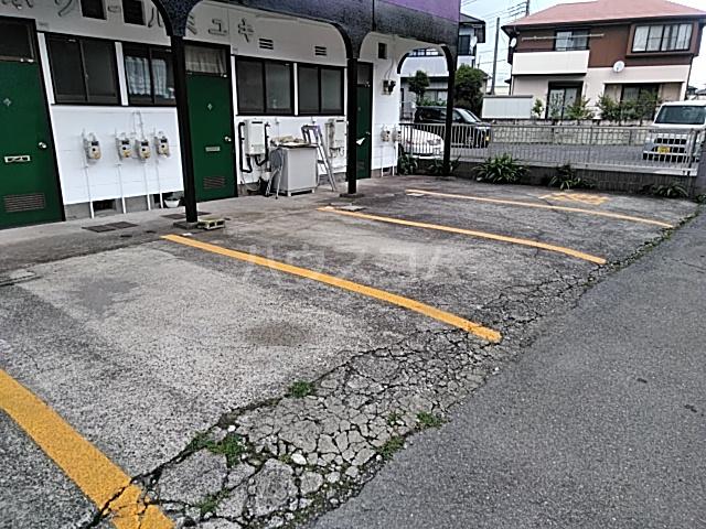 エスポワールミユキ 105号室の駐車場