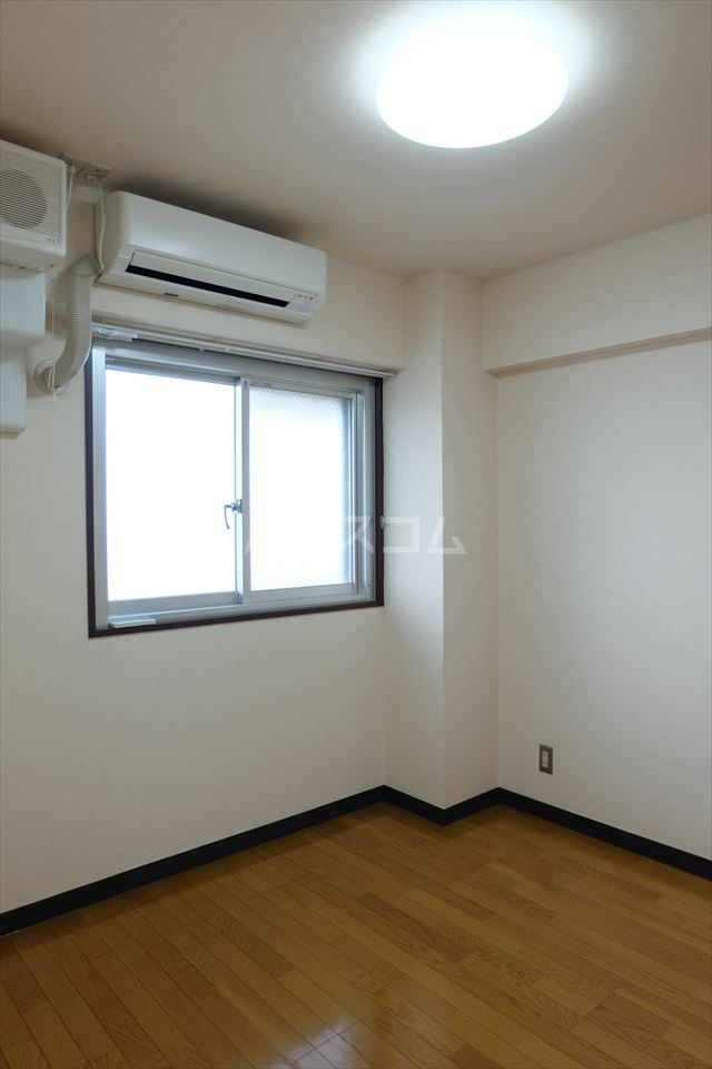 陽南イタリハイツ 101号室のベッドルーム