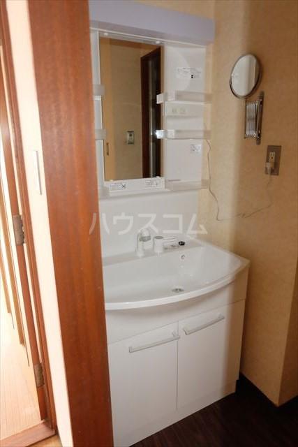 陽南イタリハイツ 206号室の洗面所