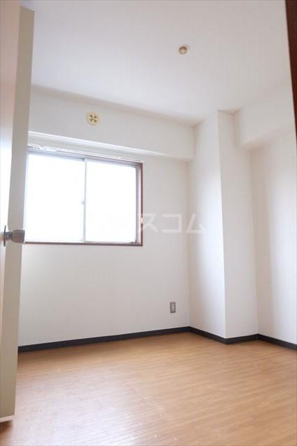 陽南イタリハイツ 206号室のベッドルーム