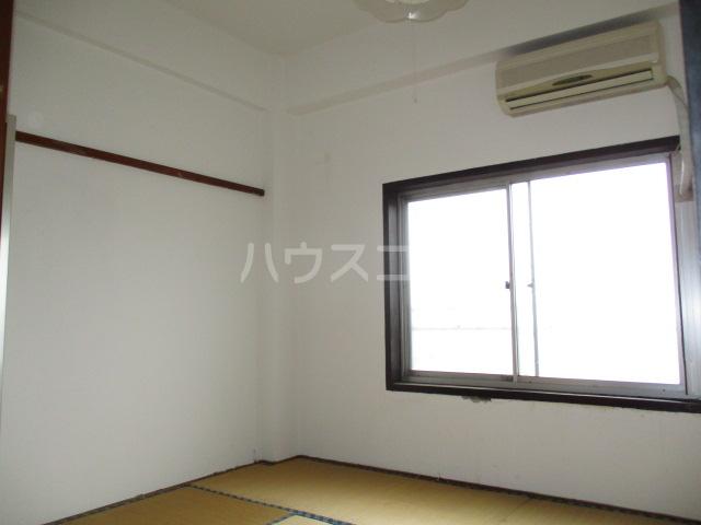 問屋町マンション 210号室の居室