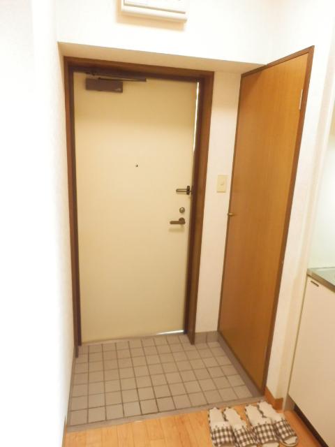 リブポート宇都宮 1003号室の玄関